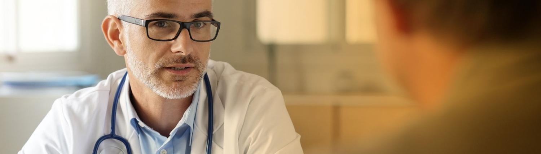 beratungsgespräch-Arzt-Patient-zentrum-fuer brachytherapie suedwest